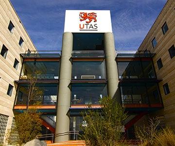University of Tasmania reviews by students.
