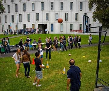 Deakin University reviews by students.